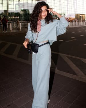Mithila Palkar - Photos: Celebs Spotted At Airport | Picture 1782877