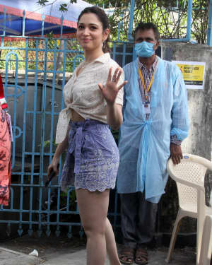 Tamanna Bhatia - Photos: Celebs Spotted At Bandra