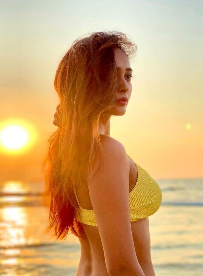 Actress Akriti Singh Hot Photoshoot | Picture 1784506