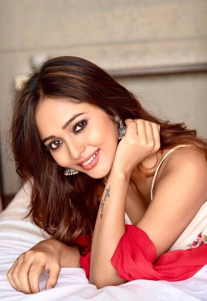 Actress Akriti Singh Hot Photoshoot   Picture 1784495