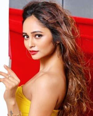 Actress Akriti Singh Hot Photoshoot   Picture 1784399