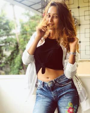 Actress Akriti Singh Hot Photoshoot   Picture 1784393
