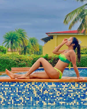 Actress Akriti Singh Hot Photoshoot   Picture 1784405