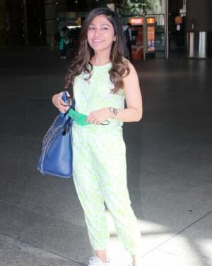 Tulsi Kumar - Photos: Celebs Spotted At Airport