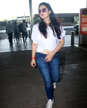 Zareen Khan - Photos: Celebs Spotted At Airport | Picture 1785160