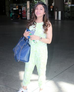 Tulsi Kumar - Photos: Celebs Spotted At Airport | Picture 1785164