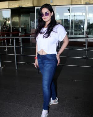 Zareen Khan - Photos: Celebs Spotted At Airport | Picture 1785163