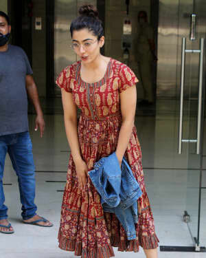 Rashmika Mandanna - Photos: Celebs Spotted At Khar | Picture 1785277