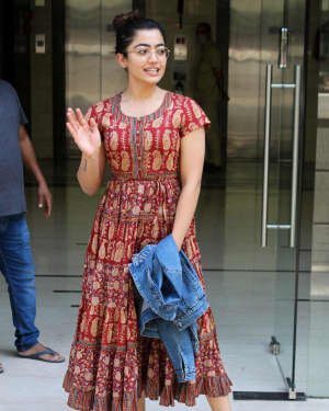 Rashmika Mandanna - Photos: Celebs Spotted At Khar | Picture 1785275