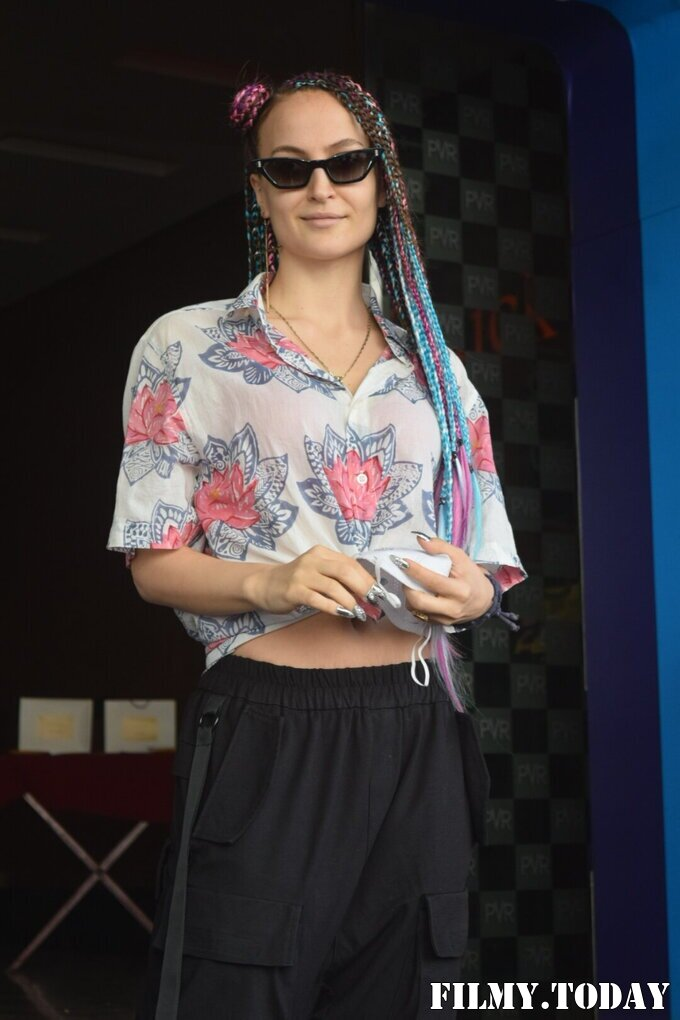 Elli Avram - Photos: Celebs Spotted At Pvr Andheri | Picture 1785274