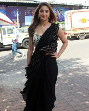 Dhvani Bhanushali - Photos: Celebs On The Sets Of Indian Idol At Filmcity | Picture 1786756
