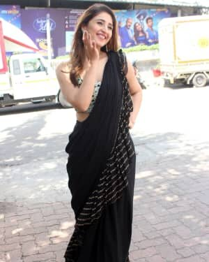 Dhvani Bhanushali - Photos: Celebs On The Sets Of Indian Idol At Filmcity | Picture 1786748
