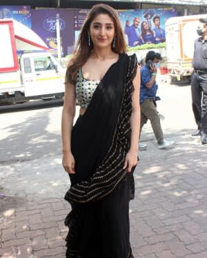 Dhvani Bhanushali - Photos: Celebs On The Sets Of Indian Idol At Filmcity | Picture 1786746