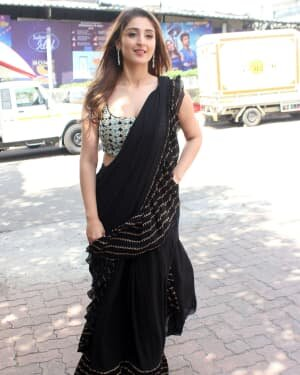 Dhvani Bhanushali - Photos: Celebs On The Sets Of Indian Idol At Filmcity | Picture 1786751