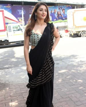 Dhvani Bhanushali - Photos: Celebs On The Sets Of Indian Idol At Filmcity | Picture 1786747