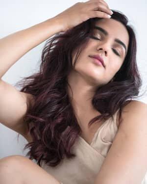 Jasmin Bhasin Latest Photos