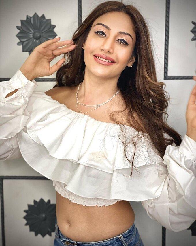 Surbhi Chandna Latest Photos   Picture 1788899