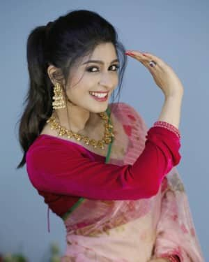 Aditi Prabhudeva Latest Photos | Picture 1789783