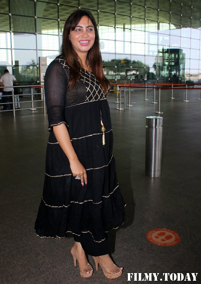 Arshi Khan - Photos: Celebs Spotted At Airport | Picture 1789051
