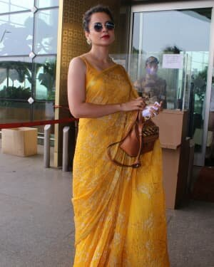 Kangana Ranaut - Photos: Celebs Spotted At Airport   Picture 1790081