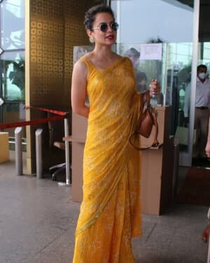 Kangana Ranaut - Photos: Celebs Spotted At Airport   Picture 1790084