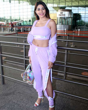Nikki Tamboli - Photos: Celebs Spotted At Airport   Picture 1790055