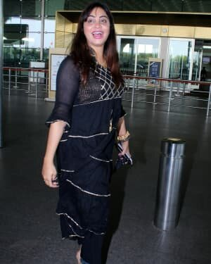 Arshi Khan - Photos: Celebs Spotted At Airport | Picture 1789052
