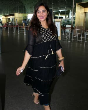 Arshi Khan - Photos: Celebs Spotted At Airport | Picture 1789055