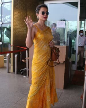 Kangana Ranaut - Photos: Celebs Spotted At Airport | Picture 1790083