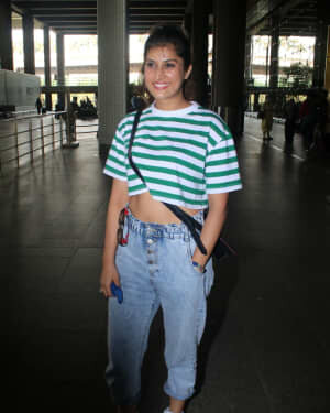Divinaa Thackur - Photos: Celebs Spotted At Airport | Picture 1791151