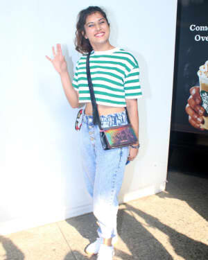 Divinaa Thackur - Photos: Celebs Spotted At Airport | Picture 1791154