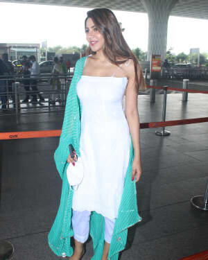 Nikki Tamboli - Photos: Celebs Spotted At Airport   Picture 1791189
