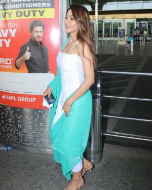 Nikki Tamboli - Photos: Celebs Spotted At Airport   Picture 1791185