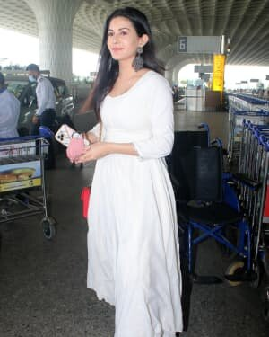 Amyra Dastur - Photos: Celebs Spotted At Airport | Picture 1791760