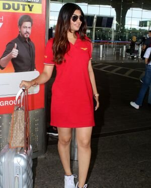 Akanksha Puri - Photos: Celebs Spotted At Airport | Picture 1820684