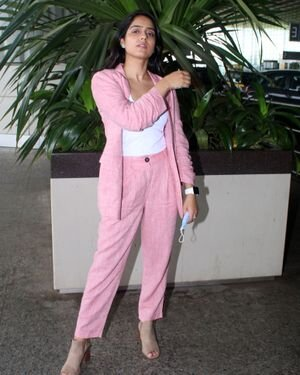 Malvi Malhotra - Photos: Celebs Spotted At Airport | Picture 1820692