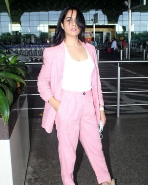 Malvi Malhotra - Photos: Celebs Spotted At Airport | Picture 1820693