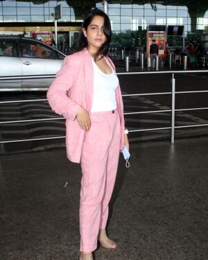 Malvi Malhotra - Photos: Celebs Spotted At Airport | Picture 1820695