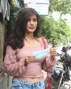 Rhea Chakraborty - Photos: Celebs Spotted At Geetanjali Salon