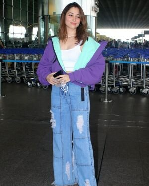 Tamanna Bhatia - Photos: Celebs Spotted At Airport | Picture 1820830