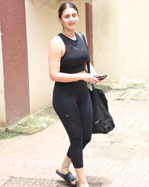 Dhvani Bhanushali - Photos: Celebs Spotted At Gym | Picture 1820815