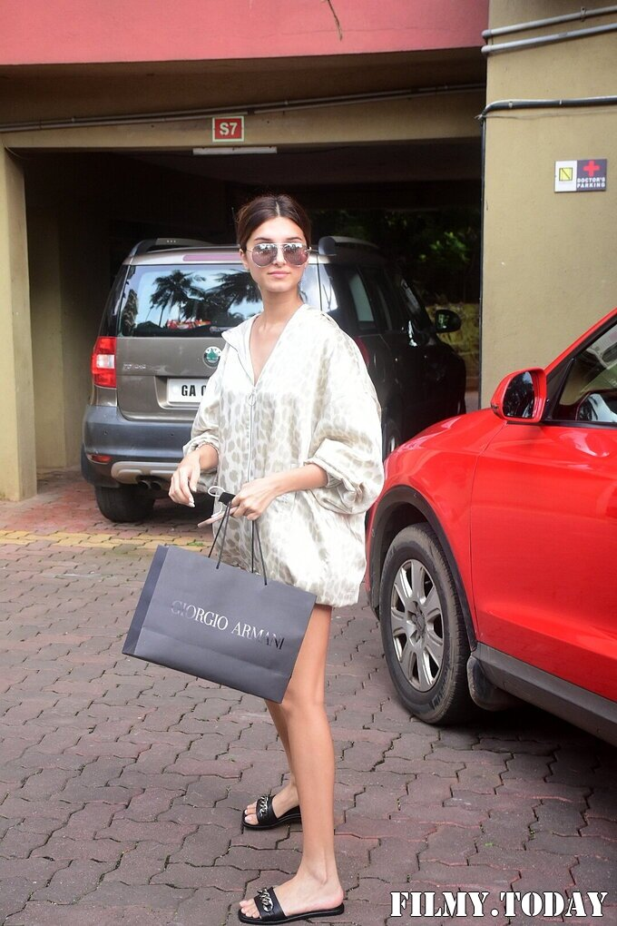 Tara Sutaria - Photos: Celebs Spotted At Bandra   Picture 1820925