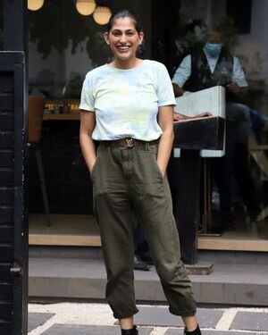 Kubbra Sait - Photos: Celebs Spotted At Bandra | Picture 1820896