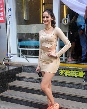 Ananya Panday - Photos: Celebs Spotted At Bandra