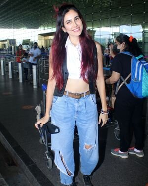 Sonnalli Seygall - Photos: Celebs Spotted At Airport   Picture 1821071
