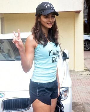 Pooja Hegde - Photos: Celebs Spotted At Gym | Picture 1821069