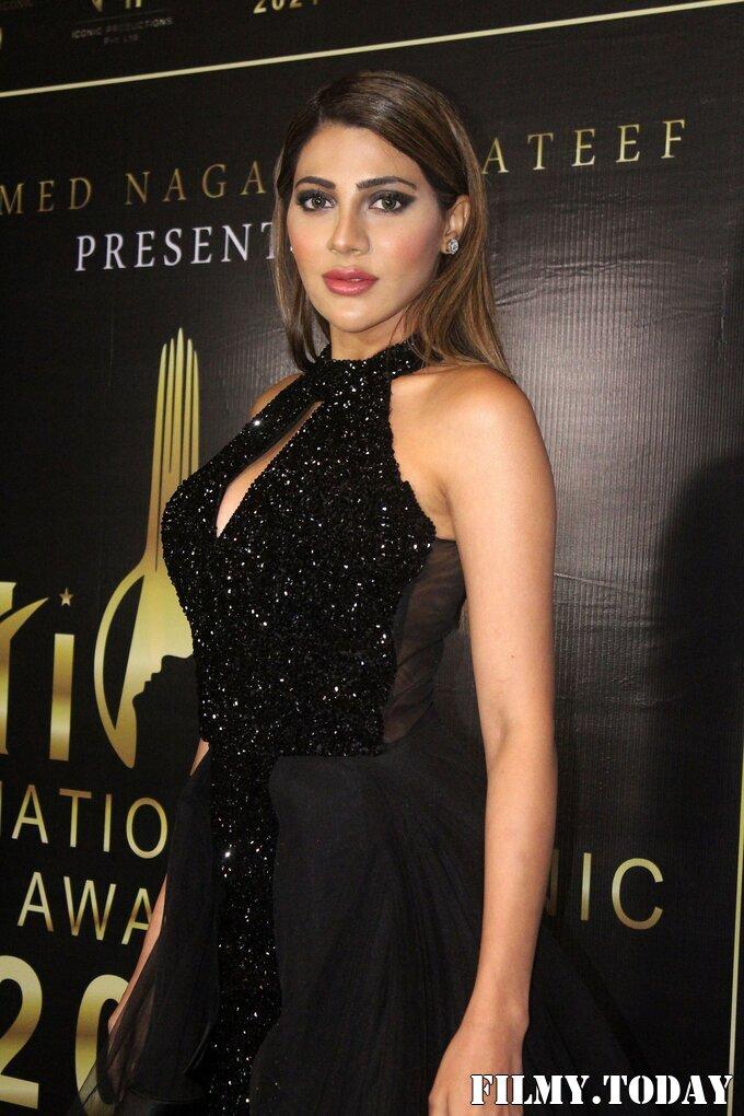 Nikki Tamboli - Photos: Celebs At The Red Carpet International Iconic Awards Season 7   Picture 1822379