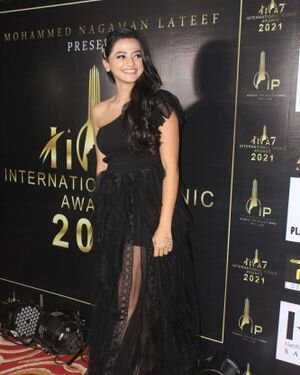 Helly Shah - Photos: Celebs At The Red Carpet International Iconic Awards Season 7 | Picture 1822153