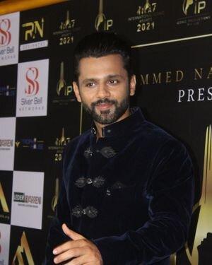 Rahul Vaidya - Photos: Celebs At The Red Carpet International Iconic Awards Season 7   Picture 1822187