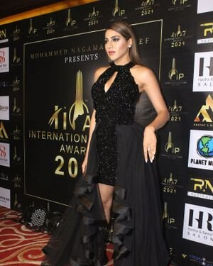 Nikki Tamboli - Photos: Celebs At The Red Carpet International Iconic Awards Season 7 | Picture 1822382